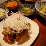 一人晩酌 9/4 鶏もも肉のウスターソース焼き、小松菜に煮浸し。