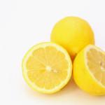 レモンの切り方と冷蔵庫で長持ちさせる保存方法。