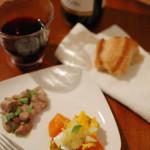 家飲み献立 10/28 蒸し野菜とゆで卵の温かいサラダなど。