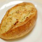 神戸に来たら絶対に外せない、2つのパン屋。