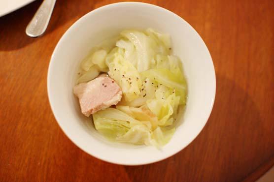 塩豚とキャベツの煮込み