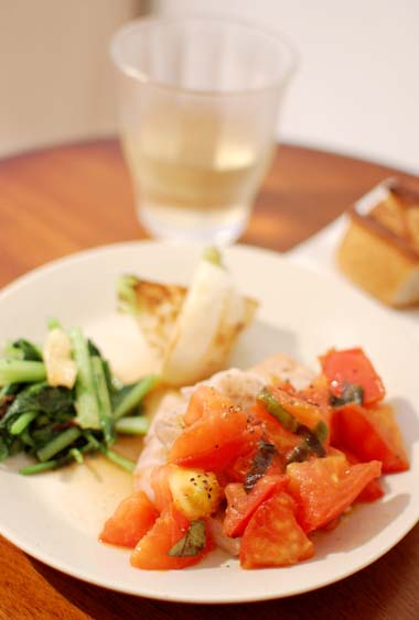 豚もも肉のソテーフレッシュトマトのソース