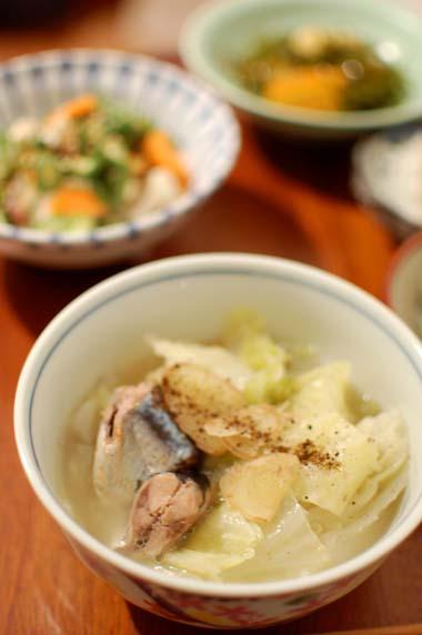 秋刀魚とキャベツの生姜煮 献立