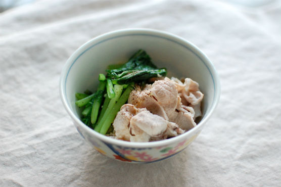 かぶの葉と豚肉の生姜ポン酢和え