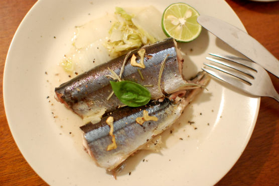秋刀魚の白ワイン蒸し