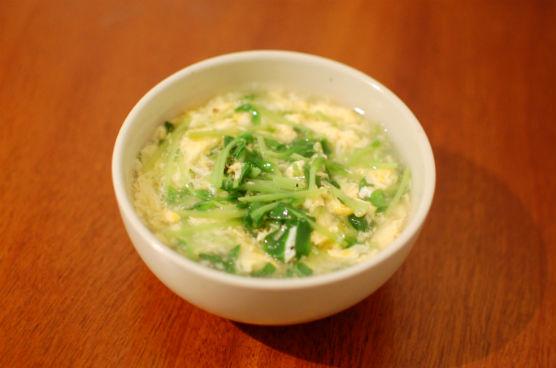 豆苗と卵のスープ