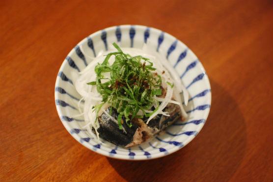 鯖と新玉ねぎのサラダ