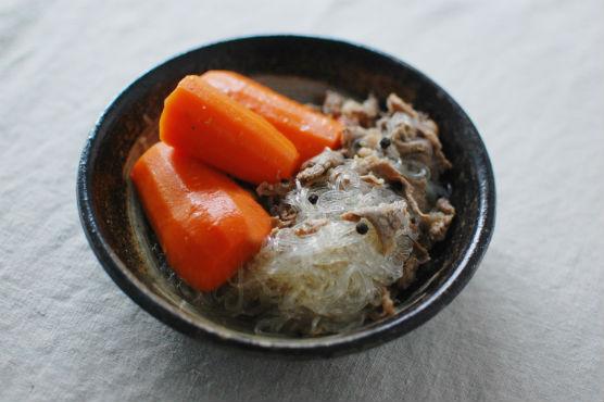 にんじんと牛肉の塩煮