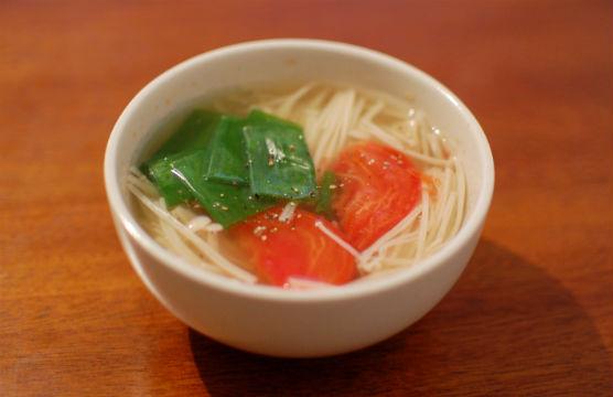 えのきとトマトのスープ