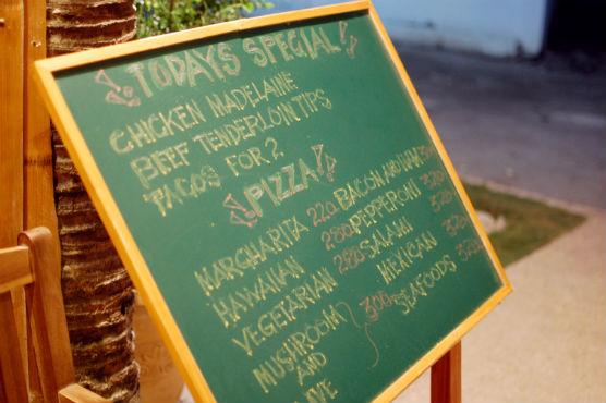 moalboal-restaurant_11