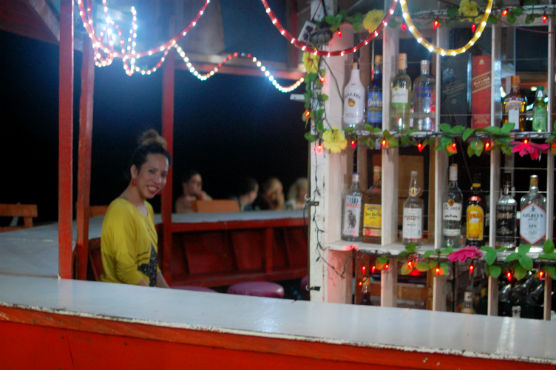 moalboal-restaurant_23