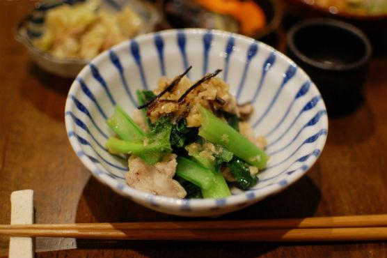 豚肉と小松菜のおろし炒め