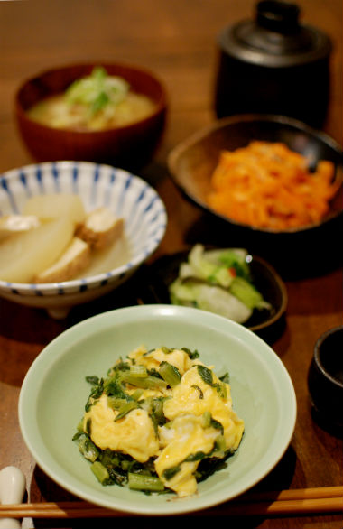 大根葉の卵炒め、大根と厚揚げの煮もの献立