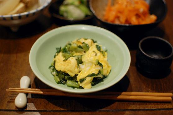 大根葉と卵の炒めもの献立