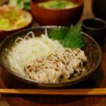 豚肉の梅しそ蒸し、蕪と揚げの味噌汁献立。