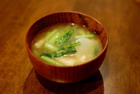 蕪と揚げの味噌汁