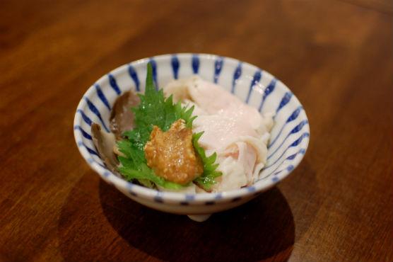 蒸し鶏とあわび茸のしょうが味噌