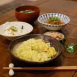 キャベツ入り卵焼き、トマト納豆献立。