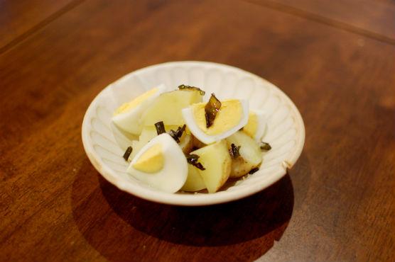 新じゃがとゆで卵の葱油和え