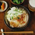 豚肉の梅照り焼き、小松菜の海苔塩和え献立。