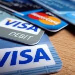 クレジットカードは何枚必要か。
