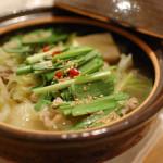 一人暮らしの鍋料理 11/7 ひとりモツ鍋、柚子白菜で焼酎。