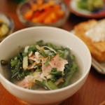 家飲み献立 11/25 春菊とベーコンのスープ、焼き厚揚げなど。