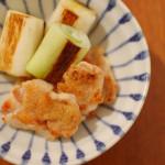 焼き鳥、鶏皮とキャベツのスープ。