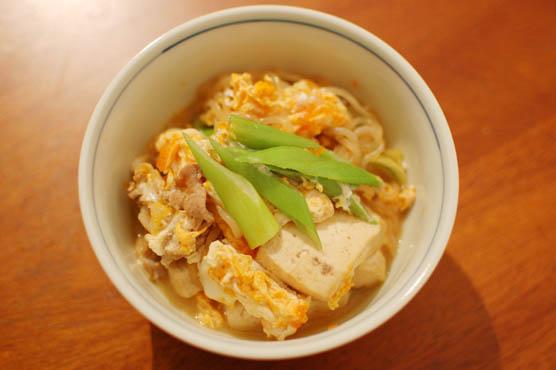 肉豆腐が余ったら卵とじに レシピ