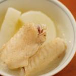 塩手羽大根、青梗菜の胡麻酢で晩ご飯。