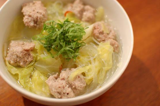 肉団子とキャベツのスープ