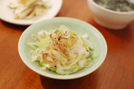 蒸し鶏の葱ザーサイ