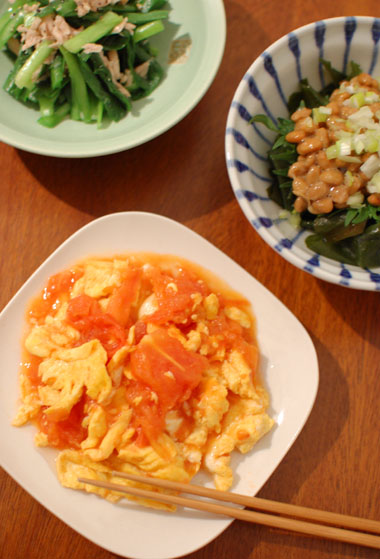 トマトと卵いため献立