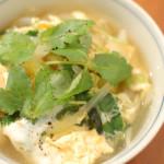 家飲み献立 3/22 蒸し鶏の葱ザーサイのせ、油揚げの卵とじ