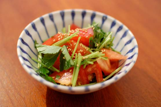トマトと三つ葉のサラダ