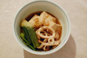 イカと豆腐の煮付け