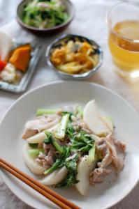 蕪と豚肉のしょうが炒め
