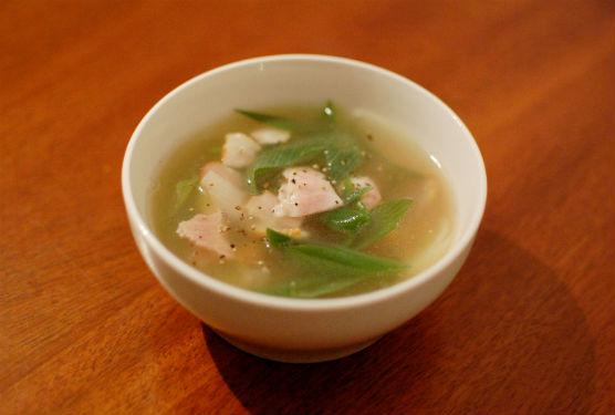 ベーコンと葱のスープ