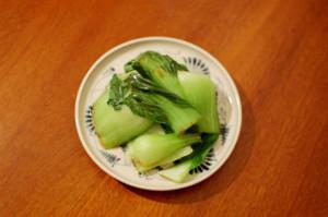 青梗菜のにんにく醤油炒め