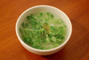 豆苗と大根のスープ