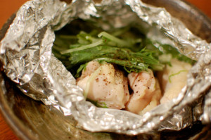 塩鶏と水菜のホイル蒸し