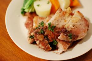 豚肩ロースステーキ赤ワインソース