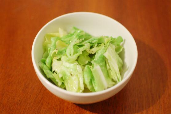 春キャベツのお湯かけサラダ