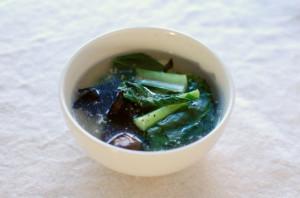 小松菜ときくらげのスープ