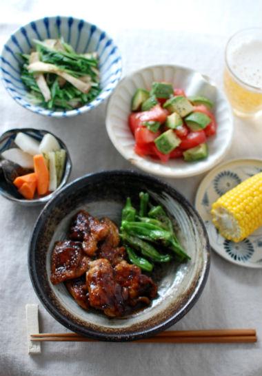 鶏もも肉のソース焼き、ゆでとうきび献立