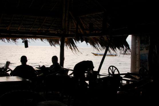 moalboal-restaurant_29