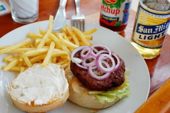 moalboal-restaurant_5
