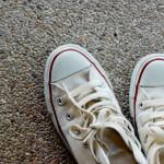 最低限の靴の数、スニーカーすらよそゆきに。