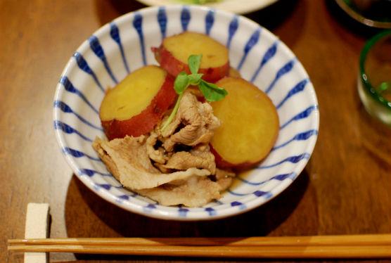 さつまいもと豚肉のしょうが煮