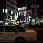 夜の街を徘徊する。